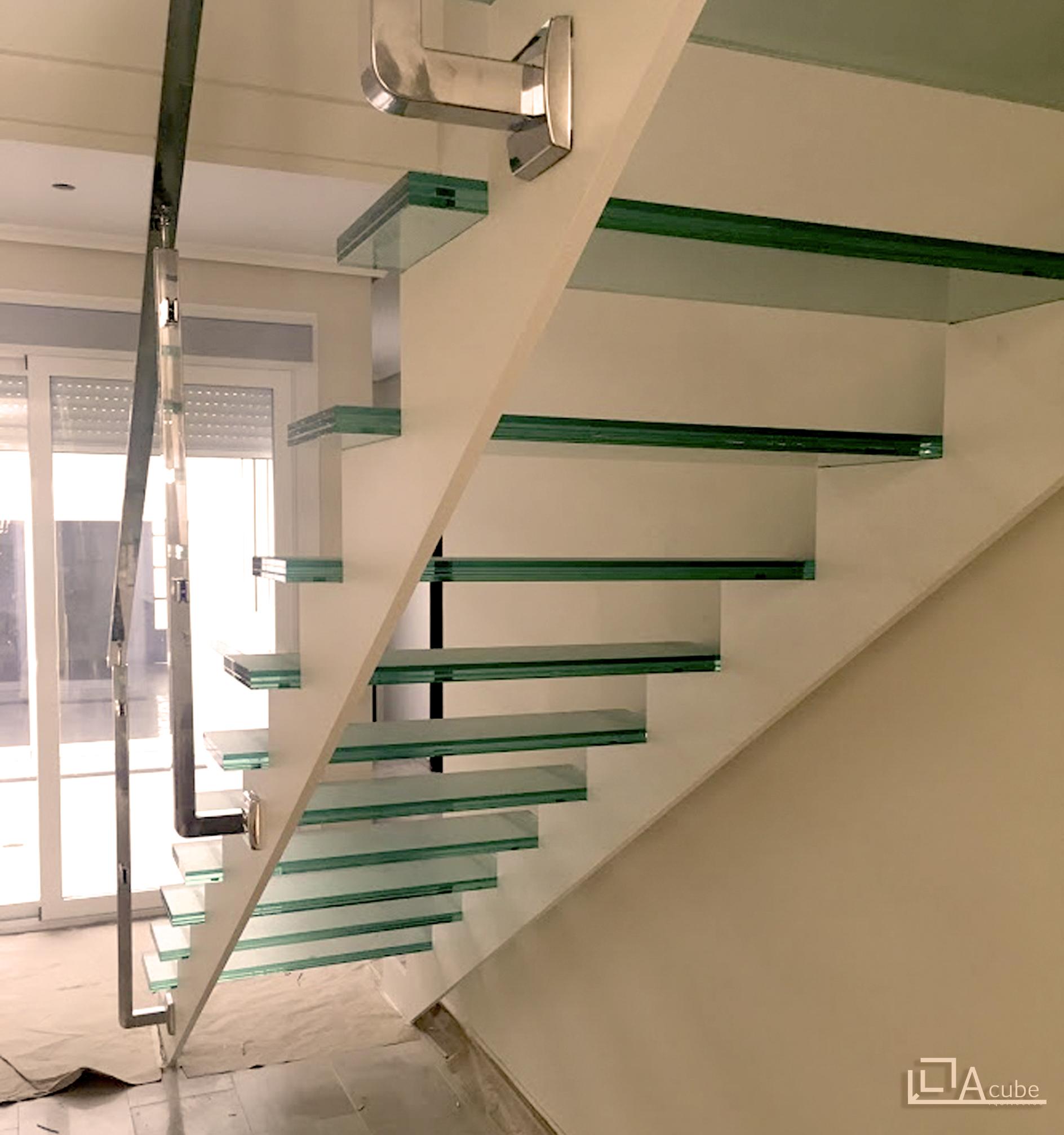 Detalle escalera interior